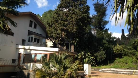 Villa singola in vendita a Sant'Agata li Battiati - Catania