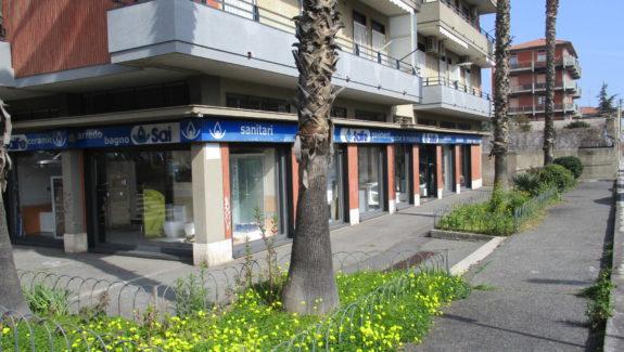 Bottega con deposito in vendita zona viale Rapisardi - Catania