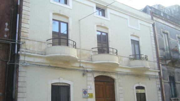 Bivani in vendita adiacenze Tribunale - Catania