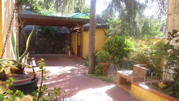 Casa indipendente in vendita in via Galermo
